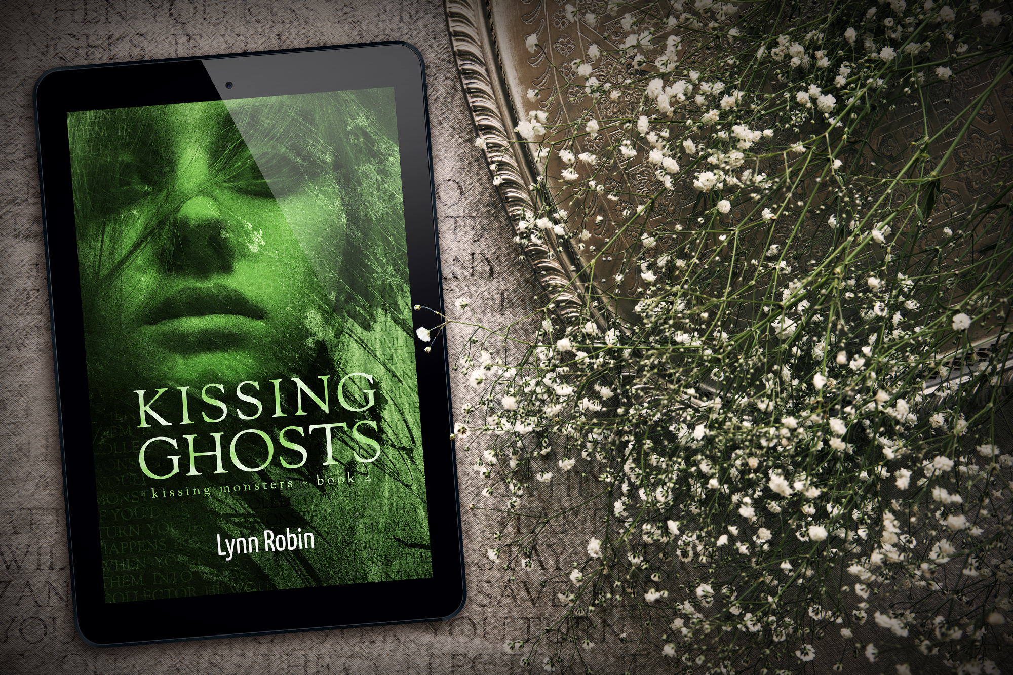 NEW RELEASE | OUT NOW: KISSING GHOSTS (Kissing Monsters 4)